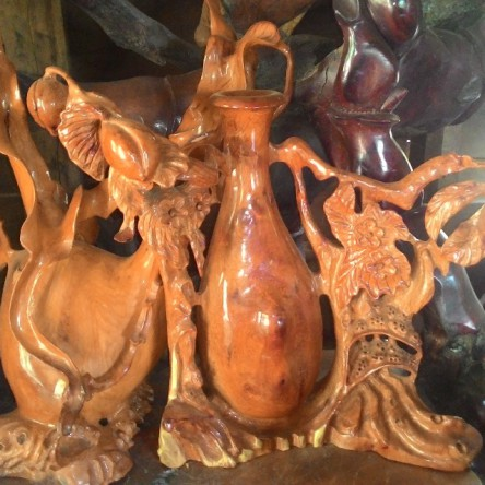 Bình gỗ nghệ thuật quả đào