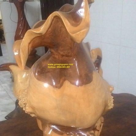 Bình nghệ thuật gỗ hương
