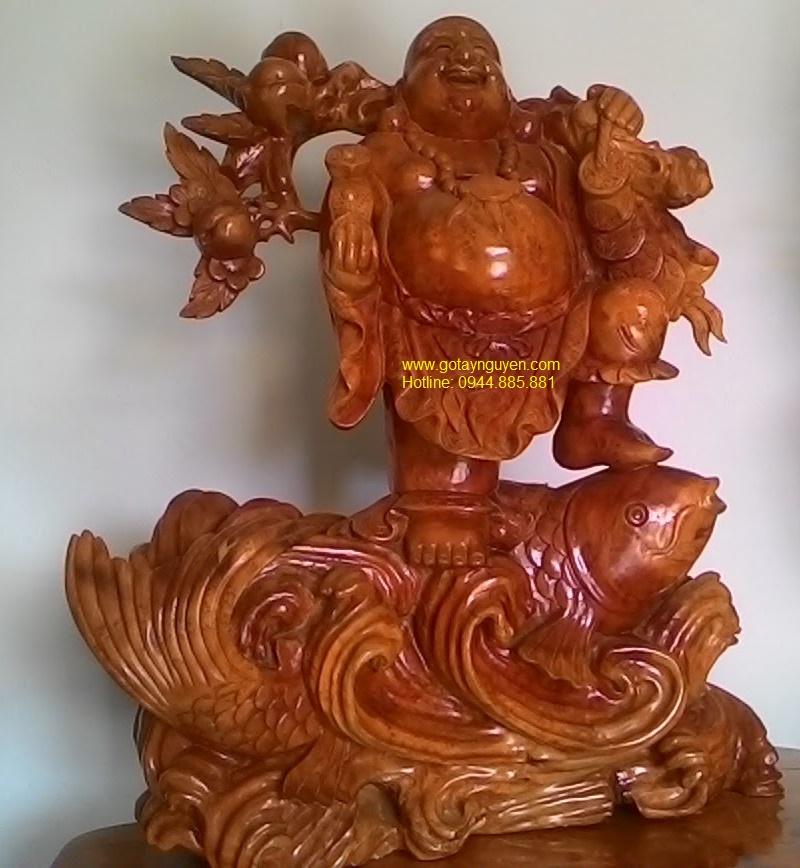 Phật Di Lặc cưỡi cá chép